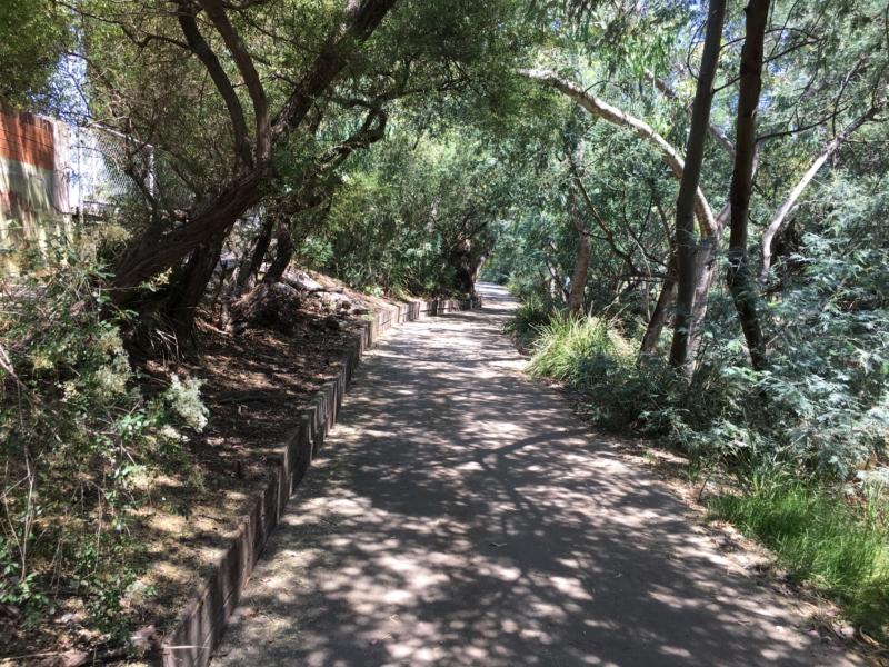merri creek trail fitzroy north to coburg walking maps. Black Bedroom Furniture Sets. Home Design Ideas
